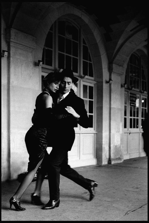 Paris-Tango